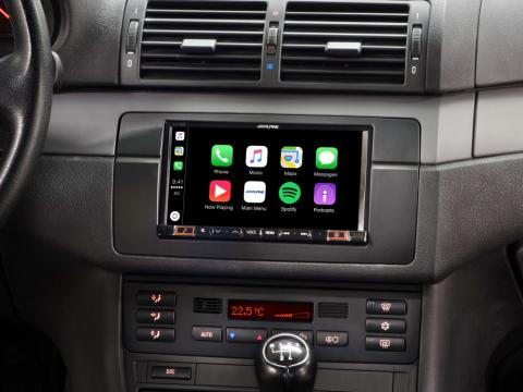 BMW-3-E46-Mobile-Media-System-iLX-702E46-with-Apple-CarPlay