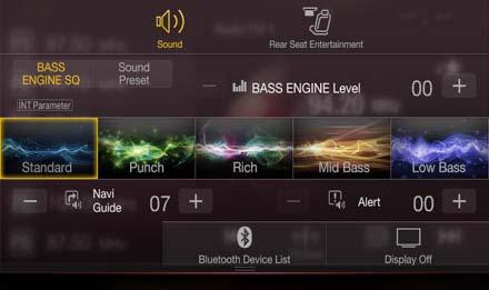 /></p> </td> </tr> <tr> <td> <h2>Vysoká kvalita zvuku, vyladěná pro Váš vůz a Vaše ucho</h2> <p>INE-W997Ddává sílu pokročilému zpracování zvuku v autě s technologií BASS ENGINE SQ, která maximalizuje basy a celkovou bilanci tónu, plus spoustu vlastních tuningových funkcí, jako je digitální korekce času a 9-pásmový parametrický EQ. Nejlepší ze všeho je, že vše můžete ovládat snadno ze svého smartphonu s Alpine TuneIt App. 24-bitový DAC a 4-voltové výstupy z předzesilovače, taky!</p> </td> </tr> </tbody> </table> <p><br /></p> </div> <div class=